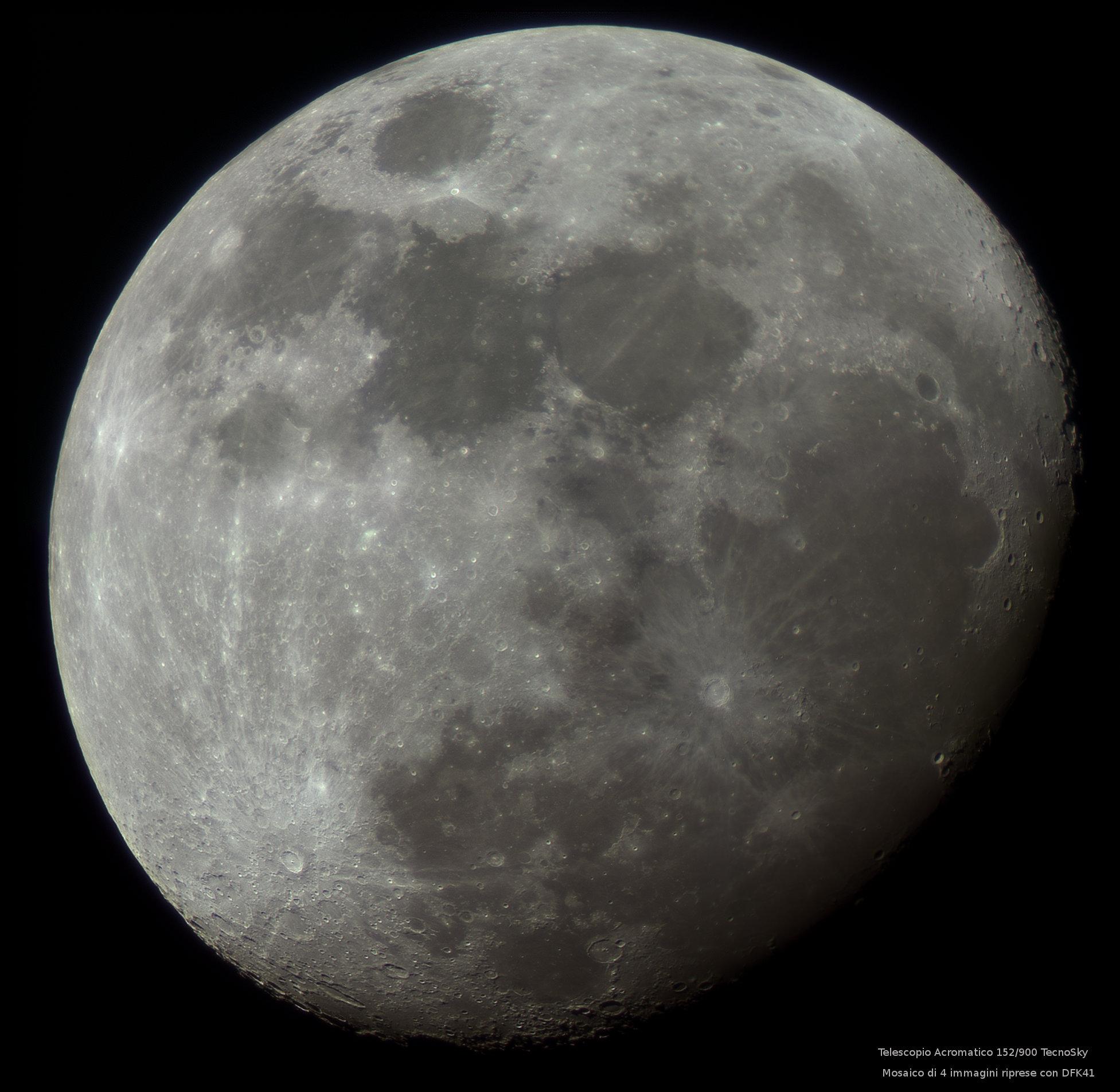 moon_composit_rgb140tecnosky