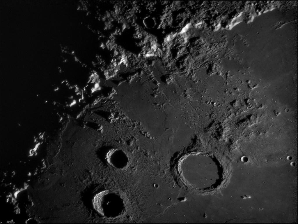 moon_mos_1x_ara_0024-07-07-